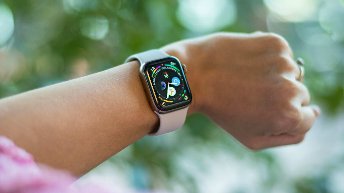 CR-Electronics-InlineHero-Apple-Watch-Ratings-10-18